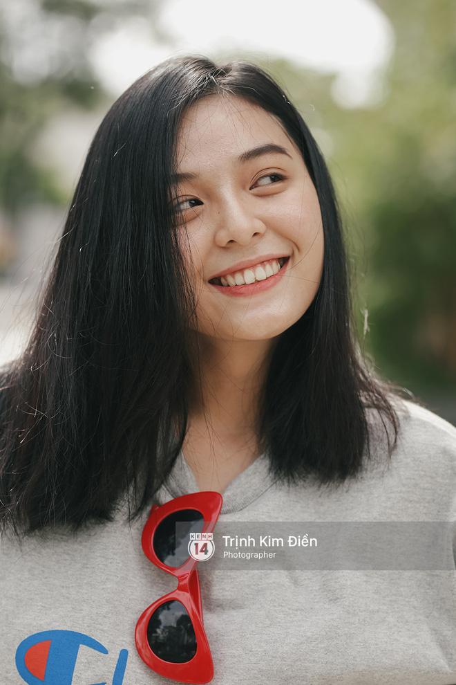Sinh năm 1999, cao 1m70 - Cô bạn này đang là mẫu lookbook cực hot ở Sài Gòn - Ảnh 8.