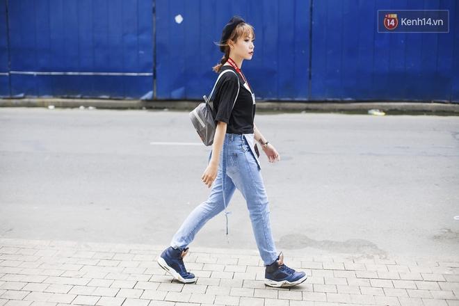 Ngắm street style tươi roi rói của giới trẻ 2 miền, bạn sẽ thấy thích diện đồ màu mè ngay lập tức - Ảnh 12.