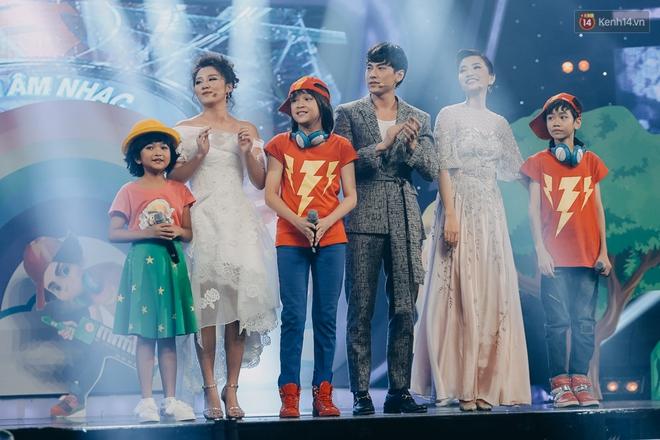 Cậu bé 12 tuổi Thiên Khôi chiến thắng Vietnam Idol Kids mùa 2 một cách áp đảo! - Ảnh 8.
