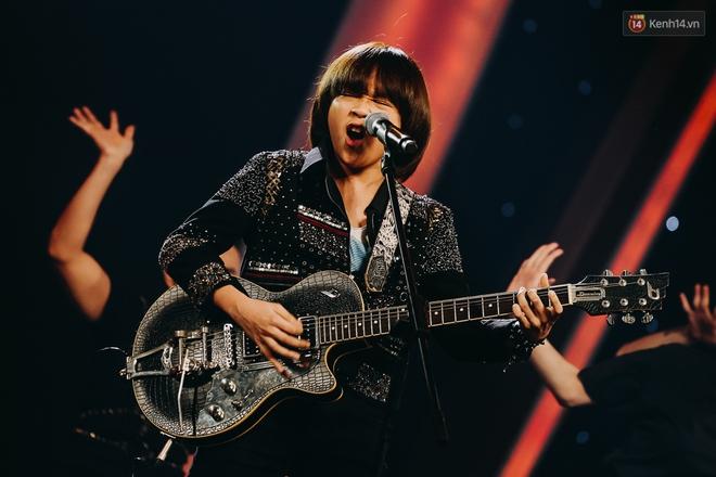 Cậu bé 12 tuổi Thiên Khôi chiến thắng Vietnam Idol Kids mùa 2 một cách áp đảo! - Ảnh 12.