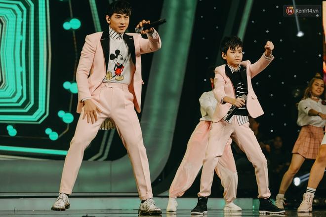 Cậu bé 12 tuổi Thiên Khôi chiến thắng Vietnam Idol Kids mùa 2 một cách áp đảo! - Ảnh 27.