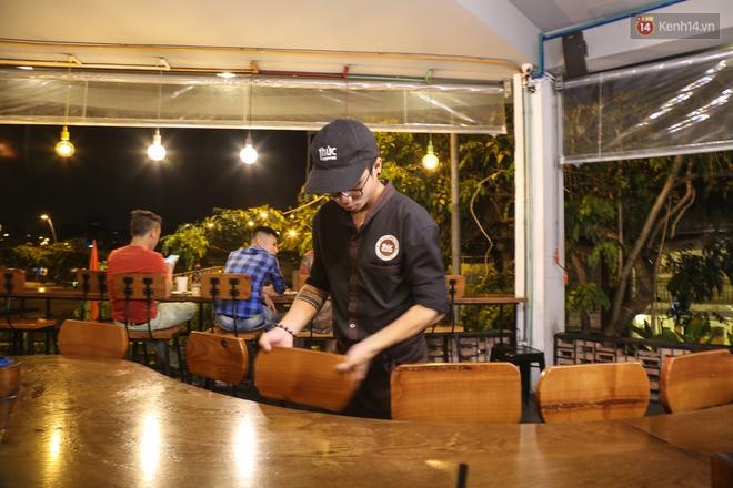 Giới trẻ làm gì trong các quán cafe mở cửa xuyên đêm ở Sài Gòn? - Ảnh 13.
