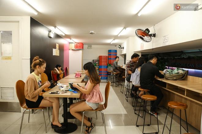 Giới trẻ làm gì trong các quán cafe mở cửa xuyên đêm ở Sài Gòn? - Ảnh 10.