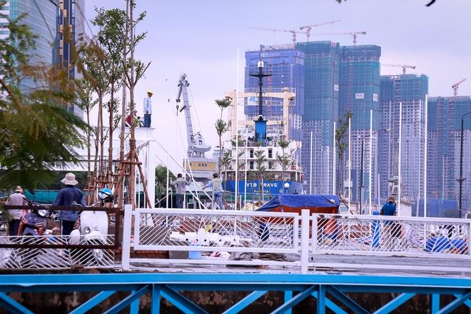 Cận cảnh bến buýt đường sông đầu tiên ở Sài Gòn sẽ hạ thủy vào tháng 9 - ảnh 1