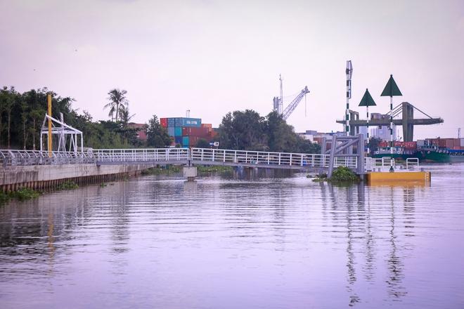 Cận cảnh bến buýt đường sông đầu tiên ở Sài Gòn sẽ hạ thủy vào tháng 9 - ảnh 12