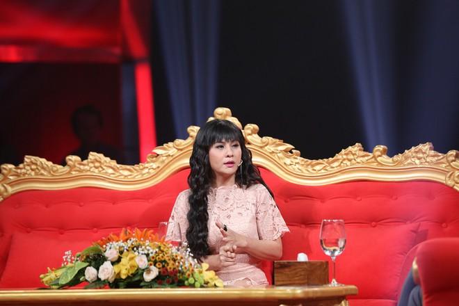 Kiều Minh Tuấn thổ lộ với Cát Phượng: Sẽ yêu cho đến khi vợ yên nghỉ, con của vợ lập gia đình thì thôi - Ảnh 1.