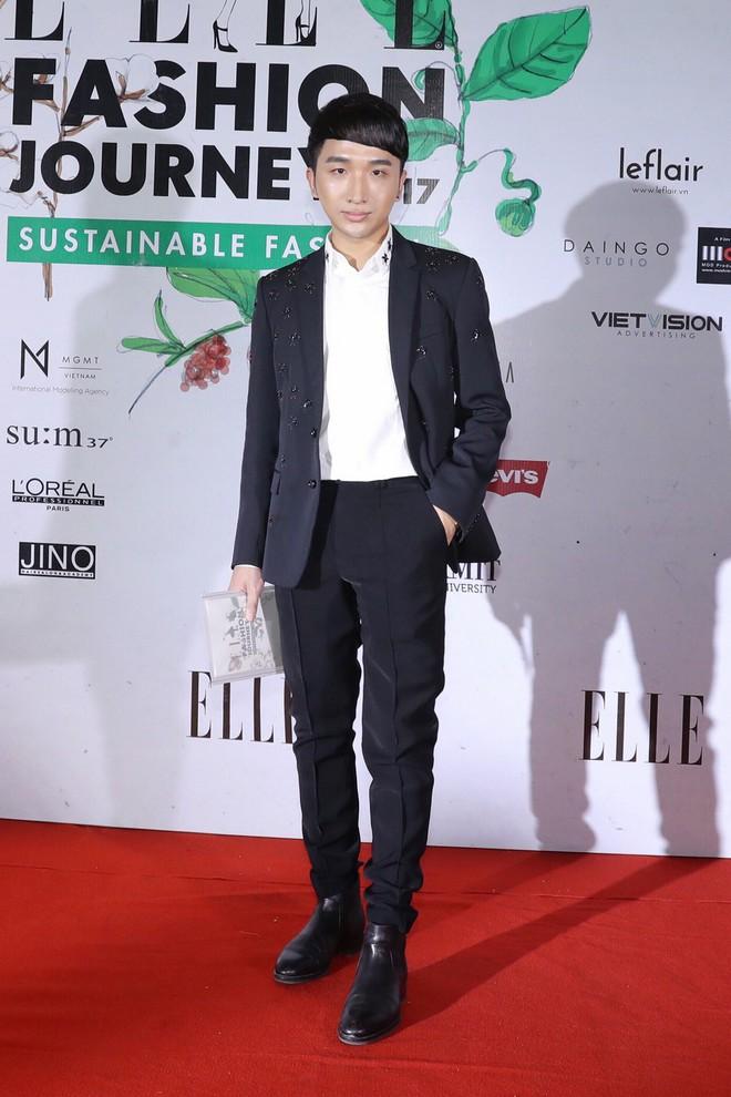 Quỳnh Anh Shyn lên đồ ấn tượng chẳng kém gì Phạm Hương, Minh Hằng trên thảm đỏ Elle Fashion Show - Ảnh 33.
