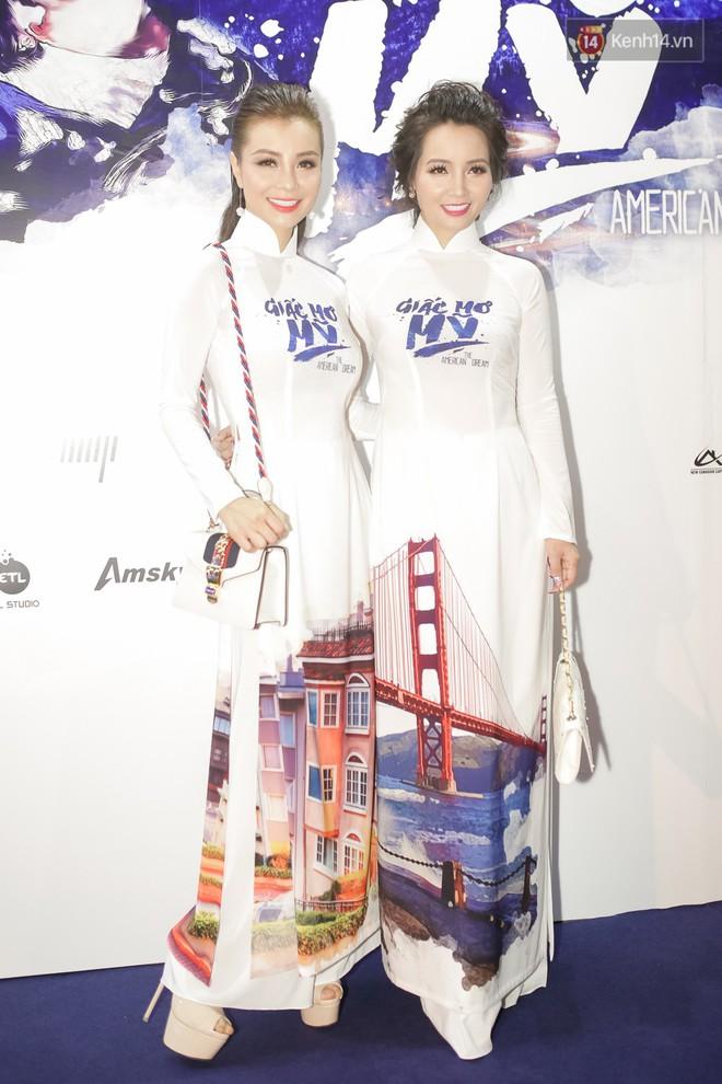 Bình Minh - Mai Thu Huyền diện áo dài trắng in tên phim mình đóng trong buổi ra mắt - Ảnh 6.