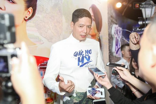 Bình Minh - Mai Thu Huyền diện áo dài trắng in tên phim mình đóng trong buổi ra mắt - Ảnh 3.