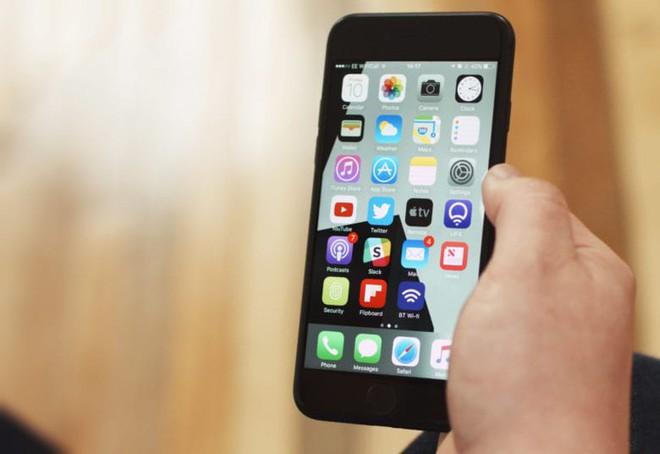 iOS 11 đỉnh thật, nhưng có 5 lí do bạn không nên cập nhật lúc này - Ảnh 3.