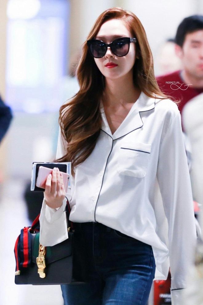 Jessica Jung sau 3 năm rời SNSD: Sức mạnh tiềm tàng của nàng công chúa đích thực - Ảnh 1.