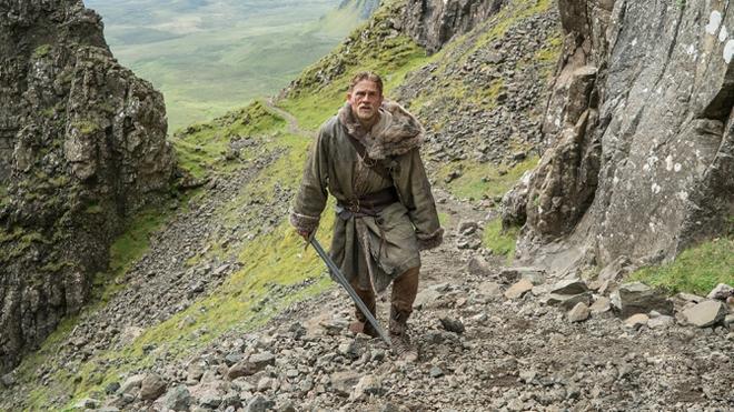 """7 lí do """"King Arthur: Legend of the Sword"""" """"sấp mặt"""" tại phòng vé - Ảnh 6."""
