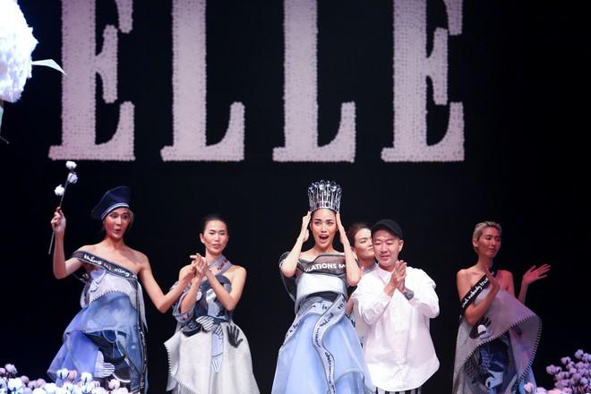 Cong cớn lại kiêu kỳ, Mợ Tư Rình Lan Khuê đăng quang luôn trên sân khấu Elle Fashion Show! - ảnh 4