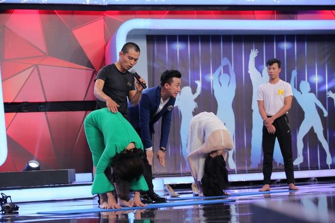 Võ Cảnh đọ võ với Trấn Thành, Angela Phương Trinh ôm mặt vì người bí ẩn - Ảnh 10.