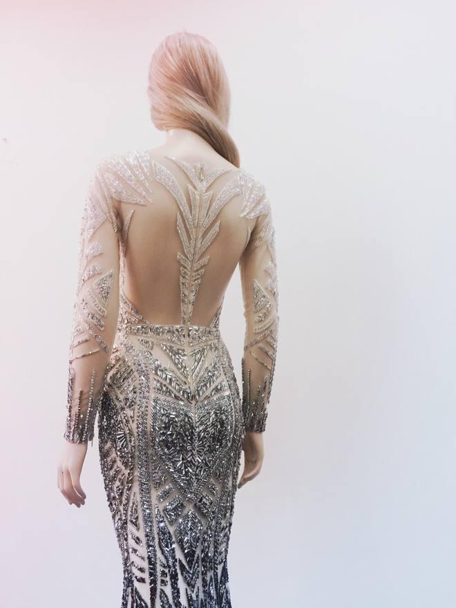 Chiếc đầm đẹp nhất của Lý Nhã Kỳ tại Cannes: rẻ hơn hàng hiệu quốc tế rất nhiều! - Ảnh 8.