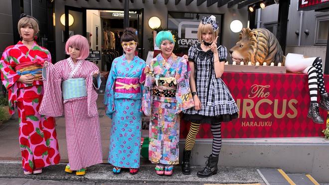 Cái chết của một nét văn hóa Nhật Bản: thời trang đường phố Harajuku giờ đã lùi vào dĩ vãng - Ảnh 5.