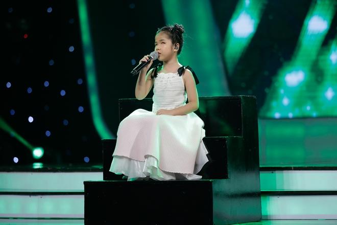Vietnam Idol Kids: Hoàng tử Bolero bất ngờ chuyển sang hát nhạc Phan Mạnh Quỳnh - Ảnh 17.