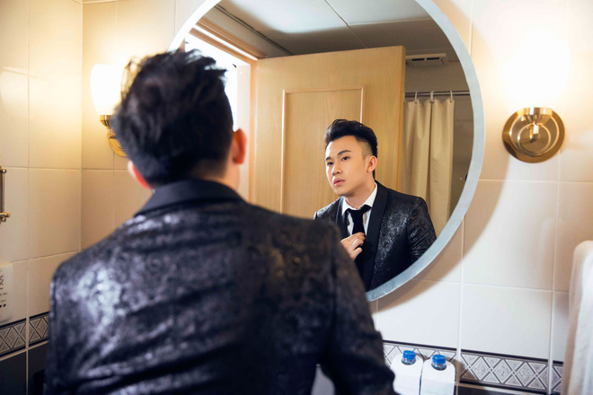Đàm Vĩnh Hưng - Dương Triệu Vũ ra mắt teaser album chung, tiếp tục úp mở về mối quan hệ của cả hai - Ảnh 7.