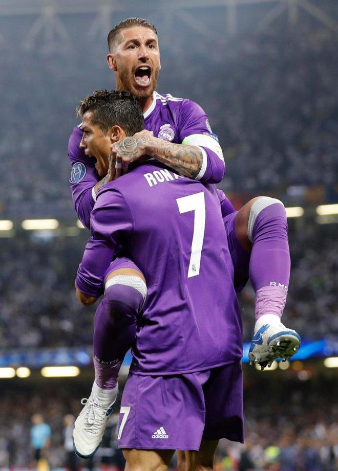 Ramos gọi điện hỏi han, Ronaldo trả lời sẽ rời Real - ảnh 1
