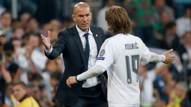 Modric: Người thừa của Mourinho, yếu nhân của Zidane! - ảnh 2