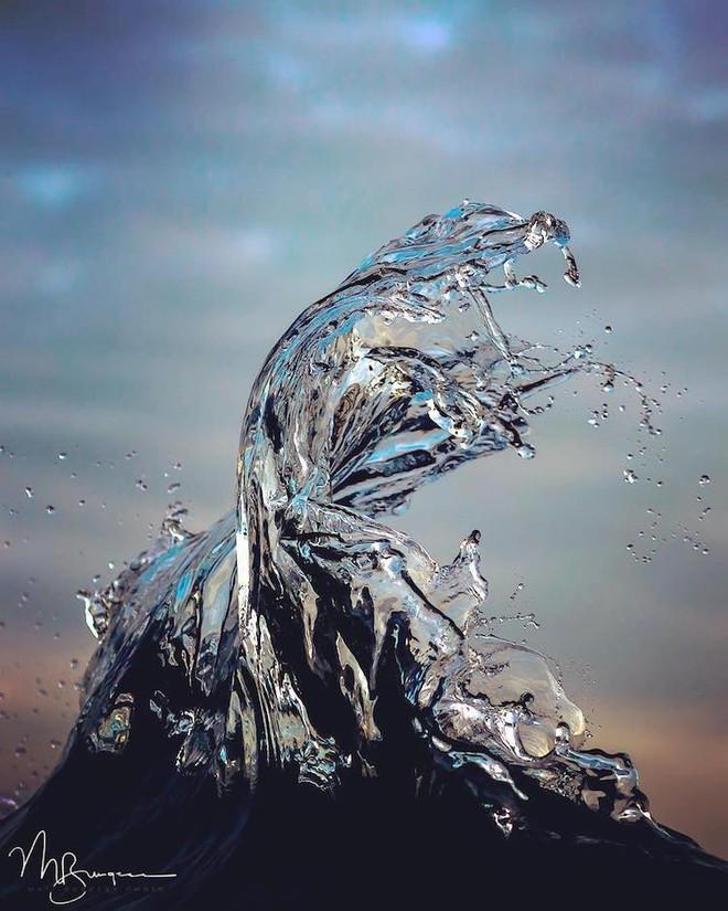 Loạt ảnh đẹp mê hồn về những con sóng của nhiếp ảnh gia người Úc - Ảnh 5.