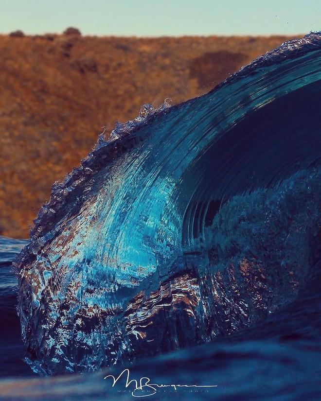 Loạt ảnh đẹp mê hồn về những con sóng của nhiếp ảnh gia người Úc - Ảnh 9.