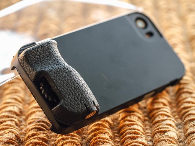 7 phụ kiện iPhone độc đáo mà iFan nào không có sẽ tiếc đứt ruột - Ảnh 2.