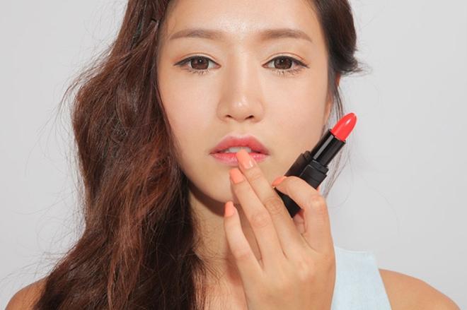 Khoa học đã chứng minh, makeup không chỉ khiến bạn đẹp hơn mà còn giúp chống ung thư! - Ảnh 3.