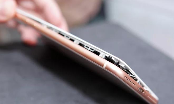 Kết quả hình ảnh cho iphone 8 pin phồng