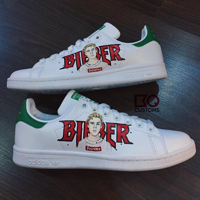 Đôi sneaker mà Sky nào cũng thèm muốn: adidas Stan Smith độ Sơn Tùng M-TP - Ảnh 3.