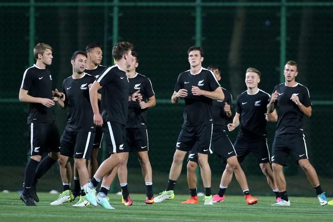 """HLV Hoàng Anh Tuấn: """"U20 New Zealand có gì ghê gớm đâu - Ảnh 2."""