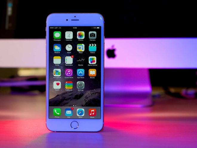 iPhone có hai chấm tròn trên đỉnh máy nhưng hiếm người biết chúng để làm gì - Ảnh 2.