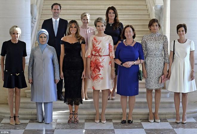 Giữa dàn Đệ nhất phu nhân tài sắc, chồng của Thủ tướng Luxembourg mới thực sự là tâm điểm gây chú ý - Ảnh 1.