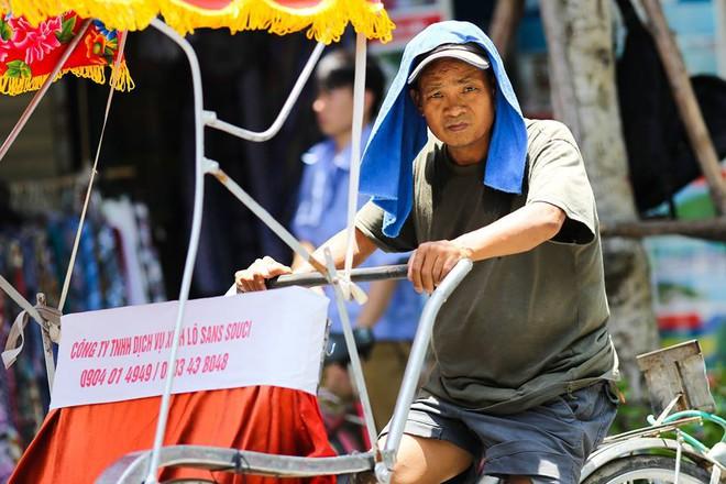 Từ sáng 6/6, không khí lạnh tràn xuống chấm dứt nắng nóng kỷ lục ở Hà Nội và các tỉnh miền Bắc - Ảnh 2.