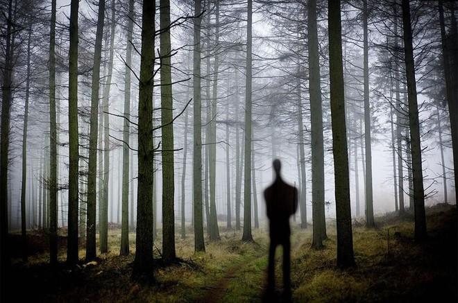 Vén bức màn bí ẩn đằng sau nỗi ám ảnh mang tên Slender Man, bạn chắc chắn cũng phải bất ngờ - Ảnh 3.