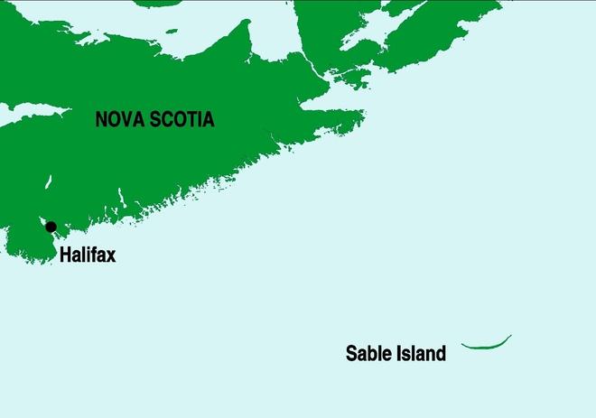 """'. Hòn đảo huyền bí này được mệnh danh là """"nghĩa địa của Đại Tây Dương"""" .'"""