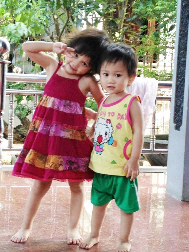Gặp người phụ nữ đã có 13 con, vào Sài Gòn lại sinh đôi lên 15 đứa: Biết là đông con vất vả nhưng chúng tôi rất vui - Ảnh 4.