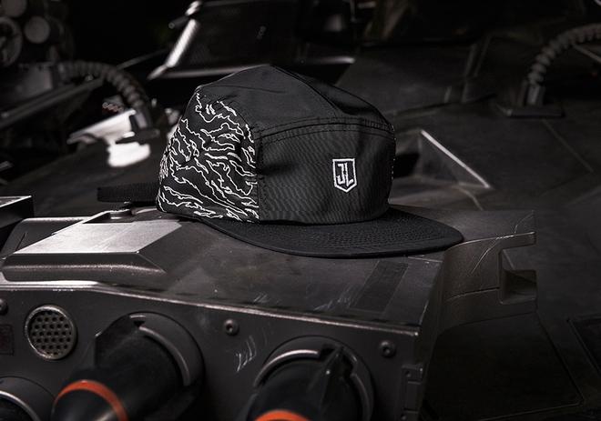Puma hợp tác cùng Warner Bros và nhà bán lẻ giày Shoe Palace, cho ra mắt BST cực đỉnh lấy cảm hứng từ Justice League - Ảnh 17.