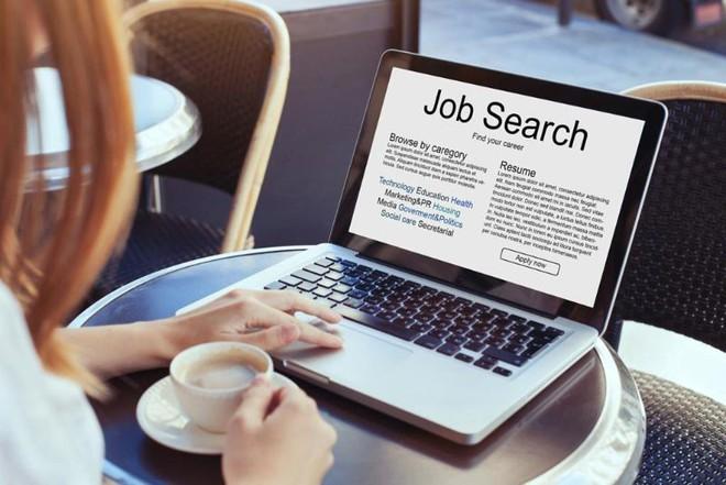 7 mẹo tìm kiếm công việc sau tốt nghiệp bạn không nên bỏ qua - Ảnh 2.