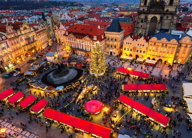 Không khí Giáng sinh ngập tràn trên toàn thế giới - ảnh 8