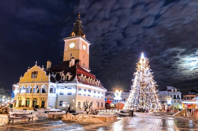 Không khí Giáng sinh ngập tràn trên toàn thế giới - ảnh 14