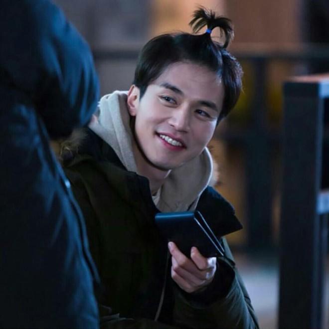 Đẳng cấp nhan sắc Lee Dong Wook: Tin được không khi tài tử U40 càng ngày càng đẹp như tượng thần Hy Lạp - Ảnh 32.