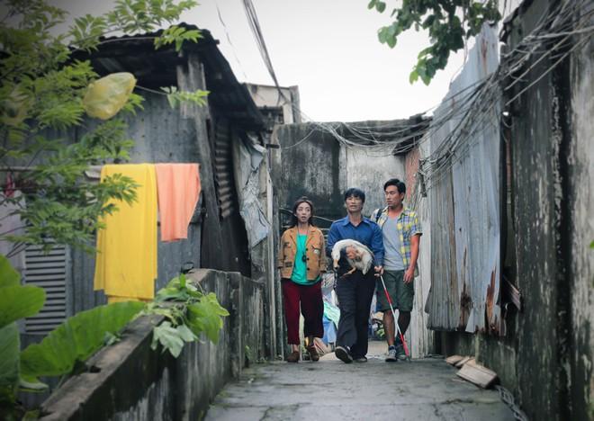 Kiều Minh Tuấn, Dustin Nguyễn, Thu Trang và con vịt lập băng số má - Ảnh 7.
