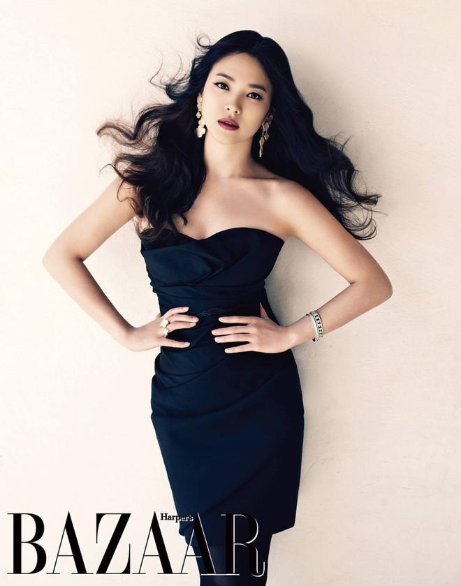 19 năm nhìn lại nhan sắc của Song Hye Kyo: Thì ra đây là lý do tường thành mãi không thể bị đạp đổ - Ảnh 30.