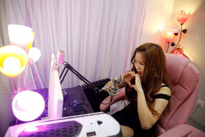 Nền công nghiệp hái ra tiền mới cho giới trẻ Trung Quốc: Chỉ cần livestream, có ngay vài chục triệu - Ảnh 5.