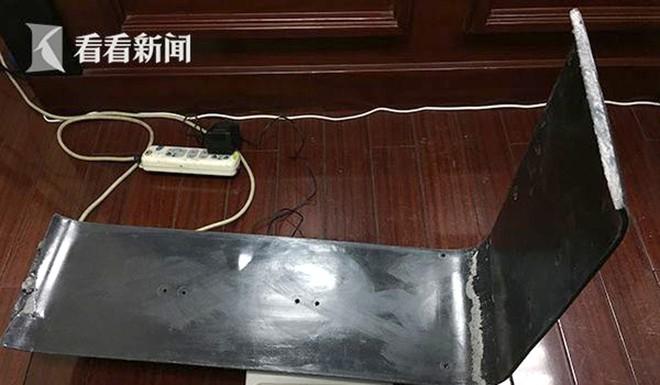 Vali rỗng tuếch nhưng khi tiến hành kiểm tra cảnh sát phát hiện gần 11kg ma túy bên trong