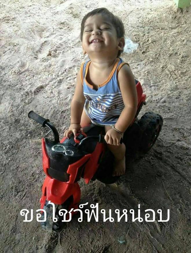 Tổ ấm hạnh phúc của cặp đồng tính nữ Thái Lan cùng cậu con trai kháu khỉnh khiến nhiều người ngưỡng mộ - Ảnh 7.