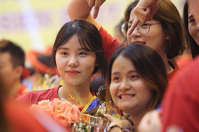 Ngắm vẻ đẹp chân dài xứ Hàn đoạt giải Hoa khôi VTV Cup - Ảnh 9.