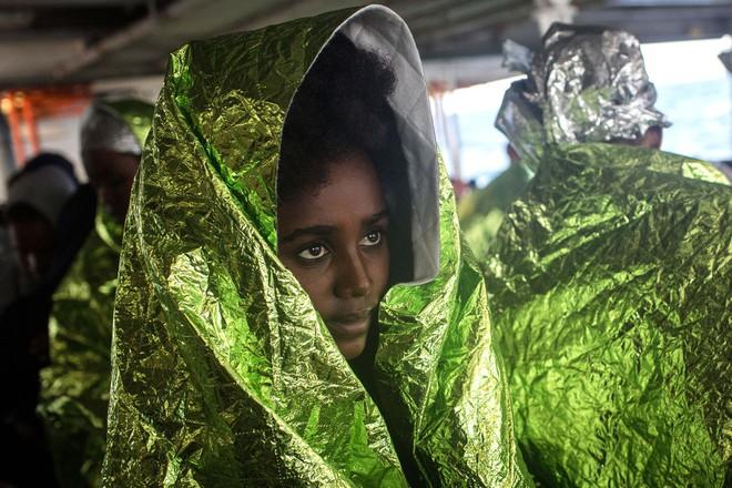 Nếu ánh mắt đứa trẻ biết nói, chúng sẽ nói về nỗi khổ của cuộc đời tị nạn không biết đến niềm vui 9