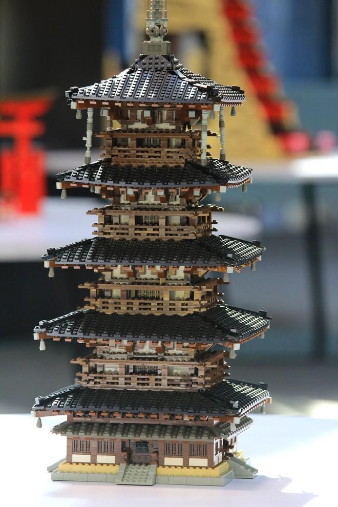 Ngắm 15 công trình LEGO tỉ mỉ khiến cả người không chơi cũng mê tít - Ảnh 3.